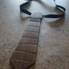 Изготовление деревянного галстука из ореха от Егора Будина