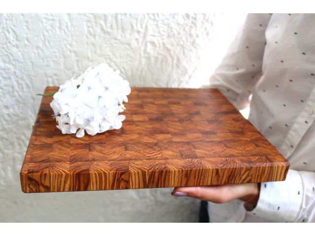 Доска торцевая, ясень, шахматный рисунок, размер 29,5х25х2,7см