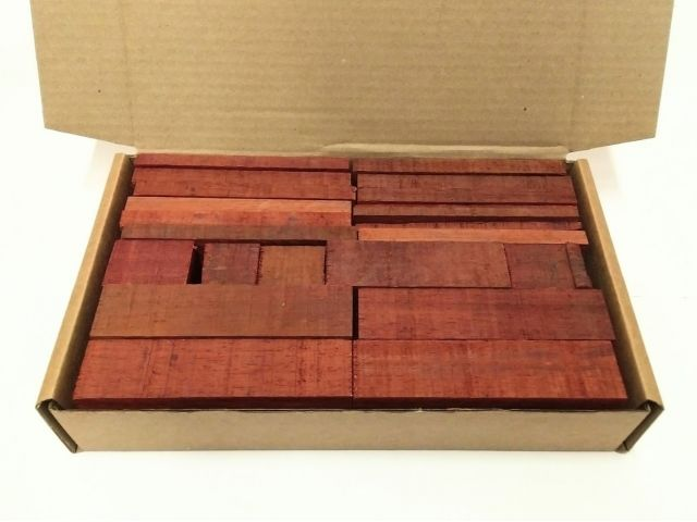 Падук, коробка уцененных брусков 270х165х50мм