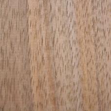 Фактура древесины кавказкого грецкого ореха