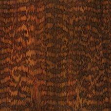 Фактура древесины снейквуда