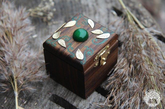 Пример шкатулки из древесины