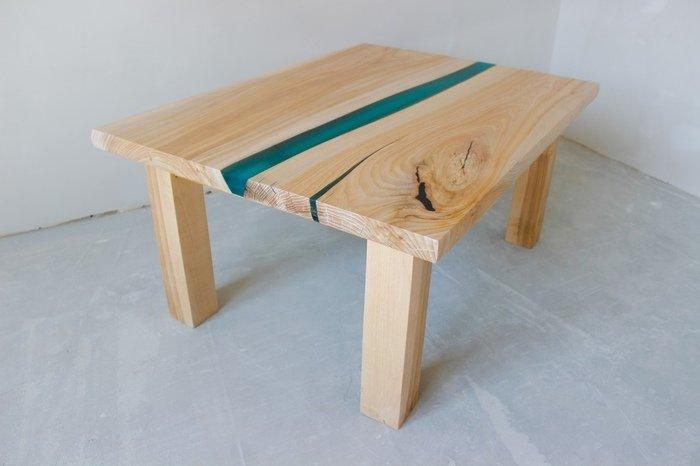 Пример заливки стола эпоксидной смолой