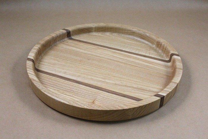 Пример круглого деревянного подноса