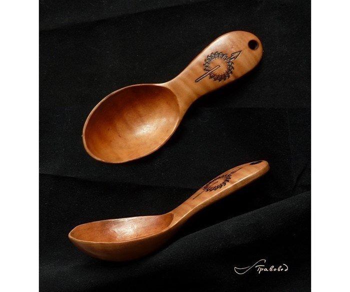 Пример работы из древесины черешни