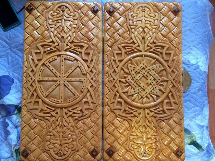 Пример работы из древесины кедра