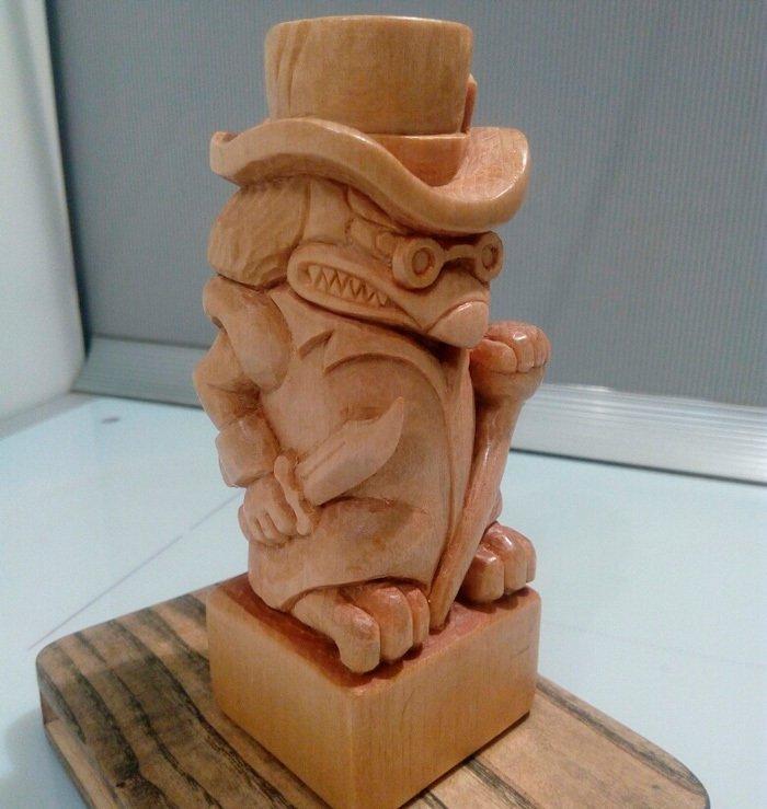 резная скульптура из древесины липы
