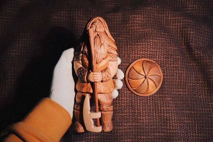 Пример резьбы из ольхи