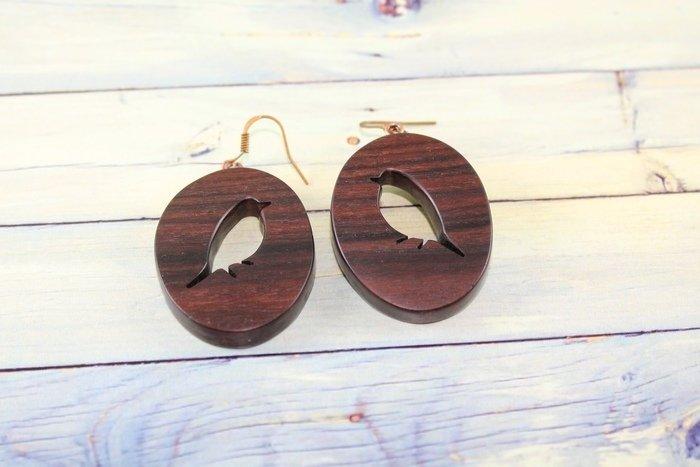 Пример изделия из древесины палисандра сантоса