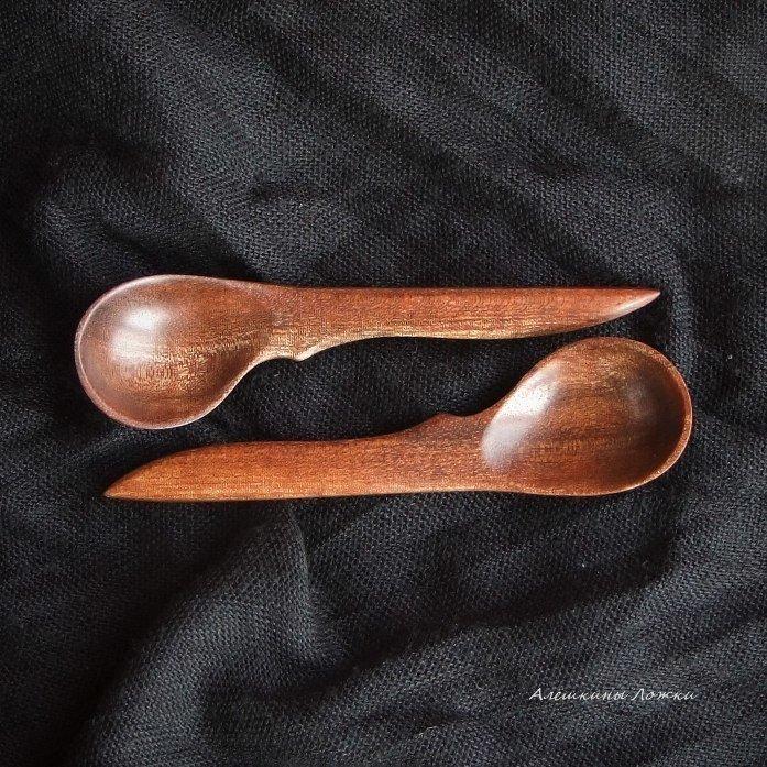 Пример ложек из древесины сапеле