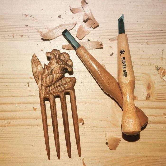 Пример работы из древесины ясеня
