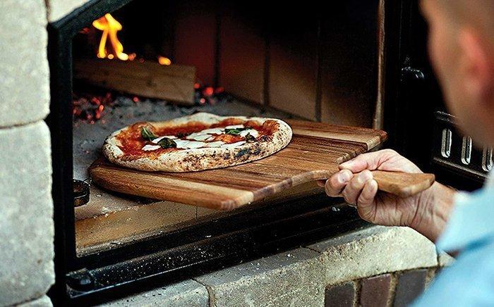 деревянная лопата для хлеба и пиццы