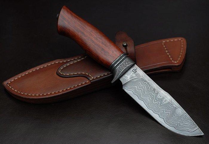 нож с рукоятью из древесины массарандубы