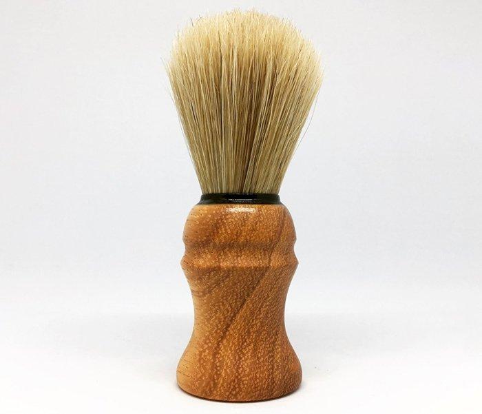 бритвенный помазок с ручкой из древесины пахилобы