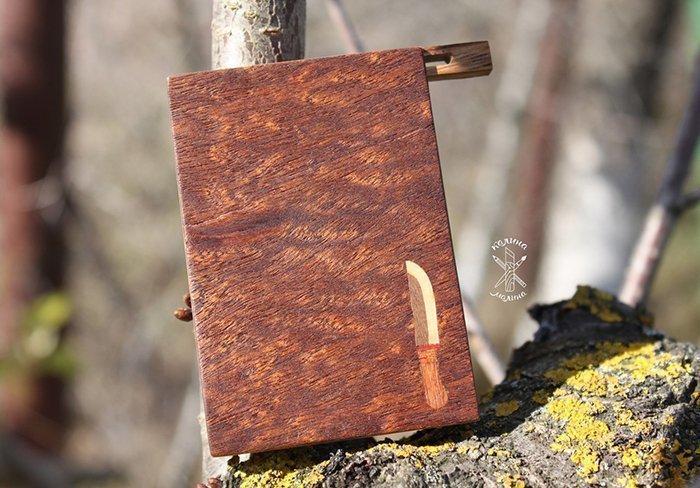портсигар с отделкой шпоном сапеле помеле