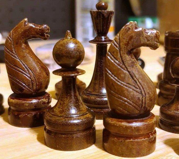 шахматные фигуры из текстолита