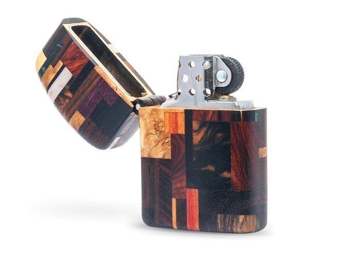 зажигалка с корпусом из древесины разных пород