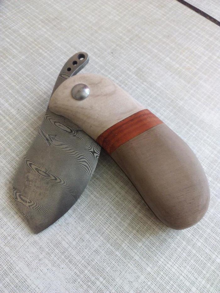 Собранный складной нож