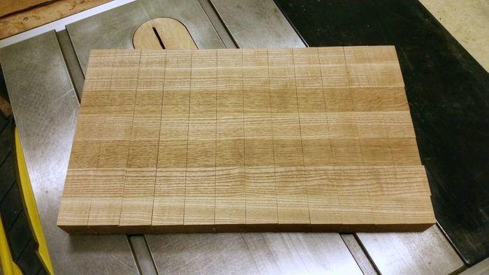 Распил деревянного щита