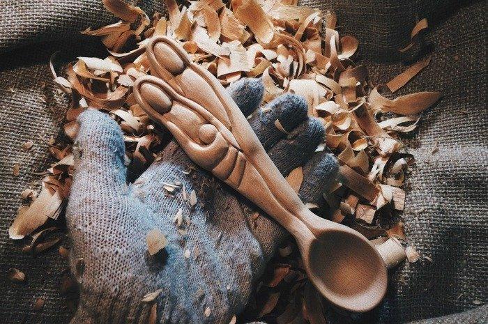 Отшлифованная деревянная ложка