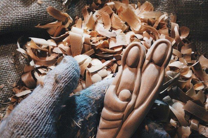 Детали отшлифованной деревянной ложки