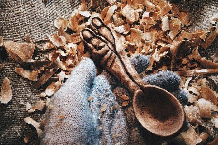 Браширование деревянной ложки