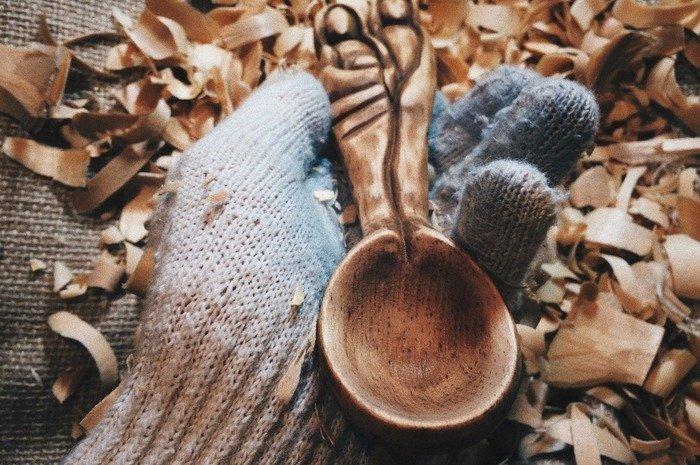Черпало деревянной ложки