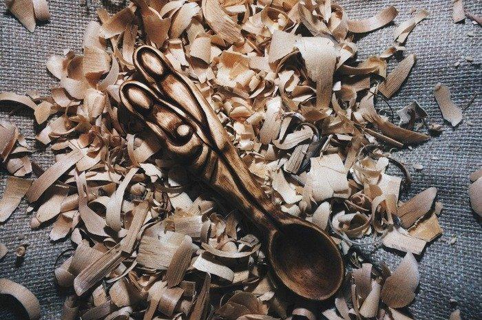 Готовая резная деревянная ложка