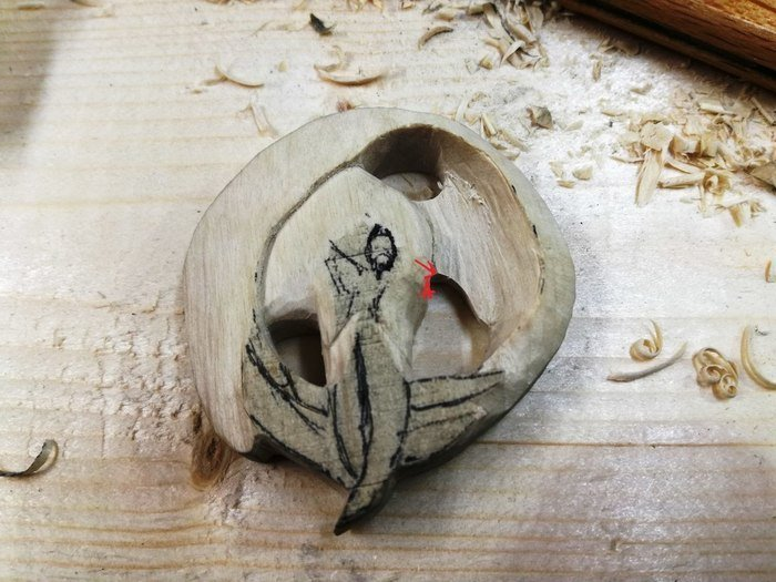 Резьба из древесины белого граба