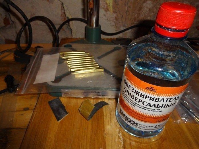 Подготовка заготовок для ручки к склеиванию