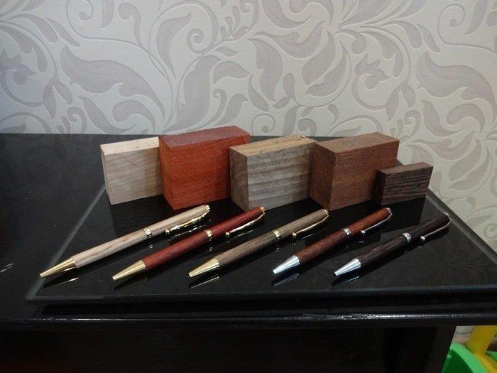Готовые авторучки с корпусом из древесины разных пород