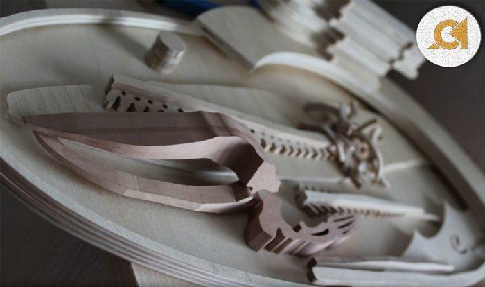 Части скелета кита из древесины