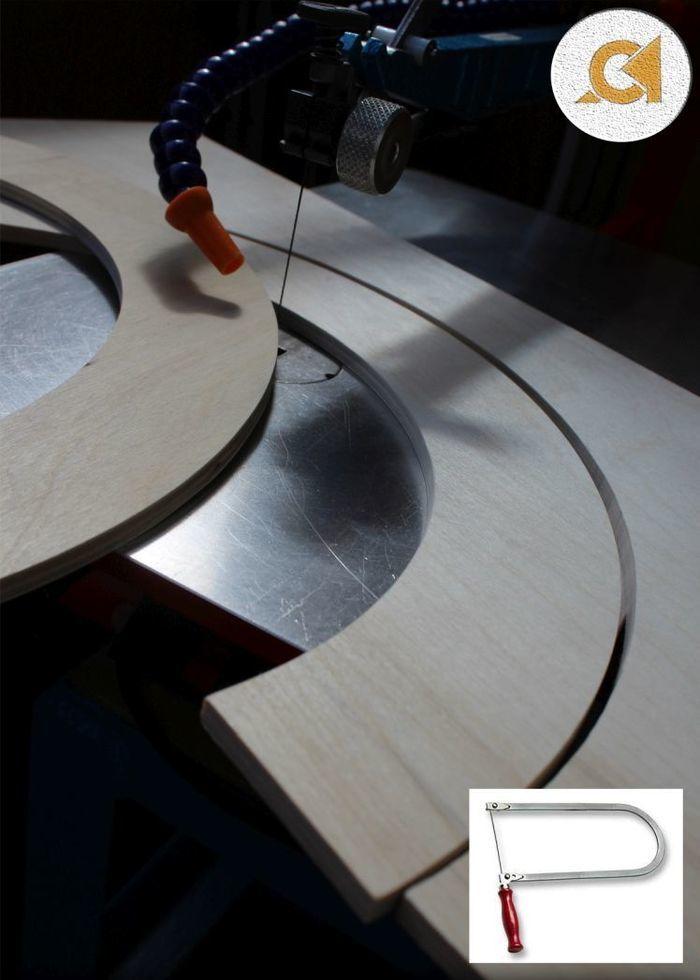 Выпиливание деталей из фанеры с помощью лобзикового станка