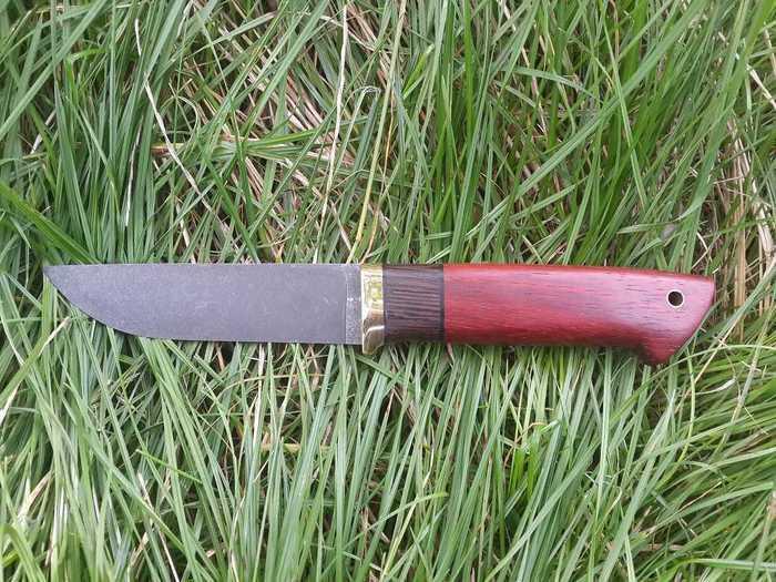 Готовый нож с рукоятью из падука и венге