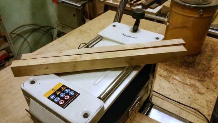 Два деревянных бруска