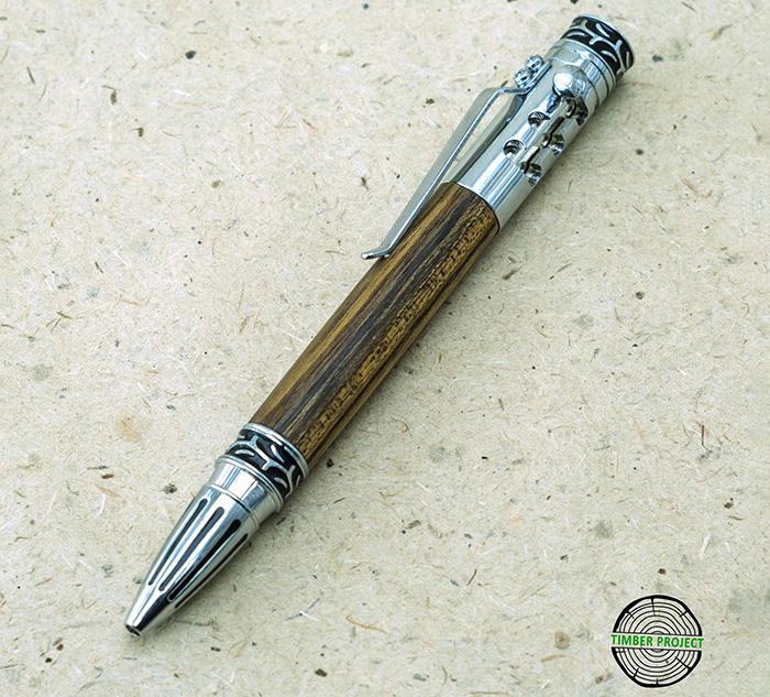 шариковая ручка с корпусом из древесины амазаку