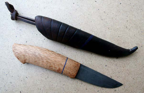нож с рукоятью из древесины американского красного дуба