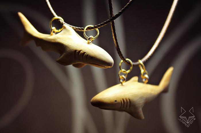резные фигурки из древесины ольхи
