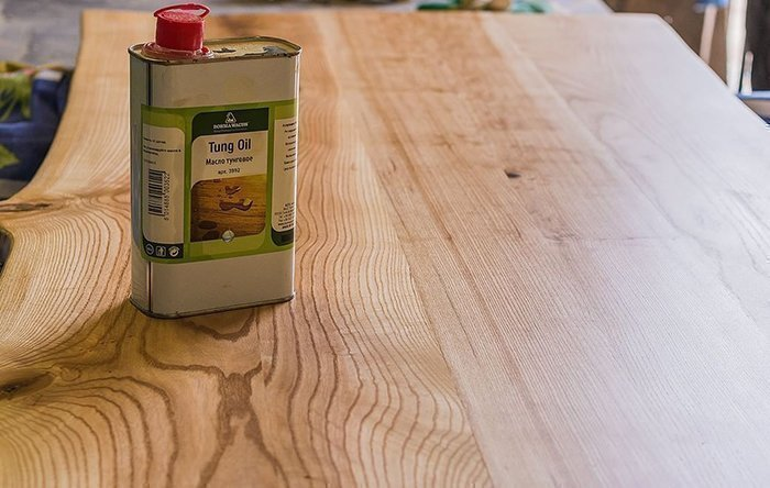 Тунговое масло Borma Wachs Tung Oil на столешнице из ясеня