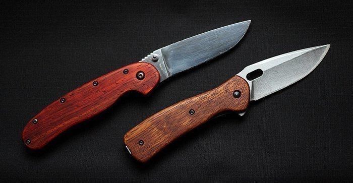 складные ножи с рукоятями из древесины падука и мербау