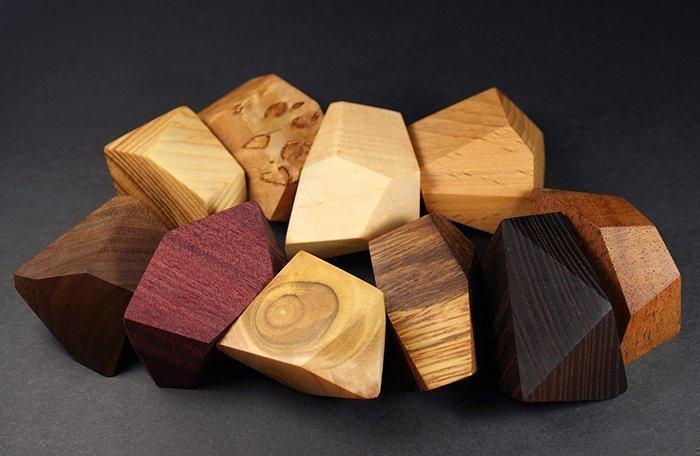 игра из брусков древесины с разными гранями туми иши гора камней