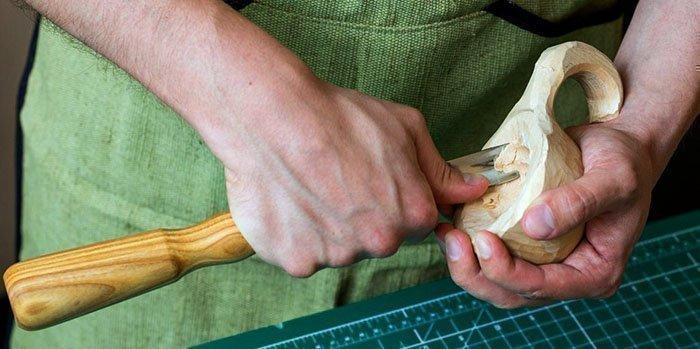 Изготовление деревянной куксы с помощью клюкарзы